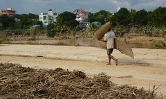 Kon Tum (Post Ketsana) (datadayim) Tags: storm aftermath asia flood vietnam environment southeast 2009 typhoon kontum ketsana