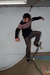 timo blunt in de stal (RamonDesign) Tags: skate blunt stal d40