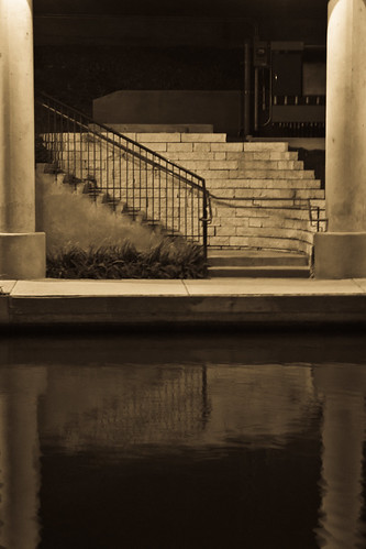 Sepia Stairs - 198/365 - Photowalk December 21, 2009