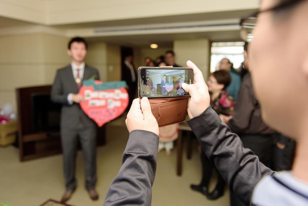 wedding day,婚攝小勇,台北婚攝,晶華,台北國賓,台北國賓婚宴 ,愛瑞思,Miko,新秘,-012