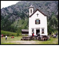 la chiesetta.. (My soul in pixel..) Tags: alps piemonte alpi montagna piedmont domenica chiesetta oratorio vco devero ossola emilius turismodimassa umorismonero