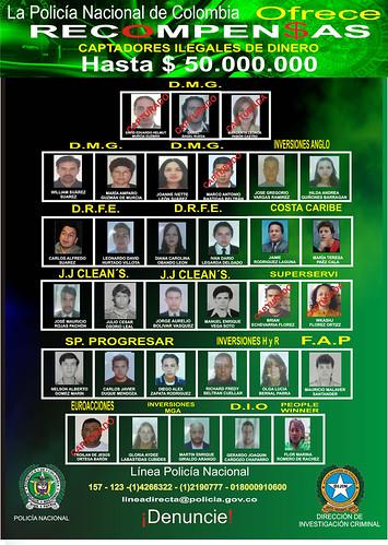 Afiche de los buscados por captar dinero ilegalmente