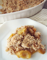 peach cobbler (Jeanee *Dirty Laundry*) Tags: eats peachcobbler