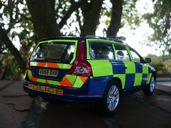 1:18 Code 3 Volvo New V70 Essex Police Traffic Car (alan215067code3models) Tags: new old party 3 car out leaving volvo code traffic police parade falling gift present essex 118 v70 reiterment