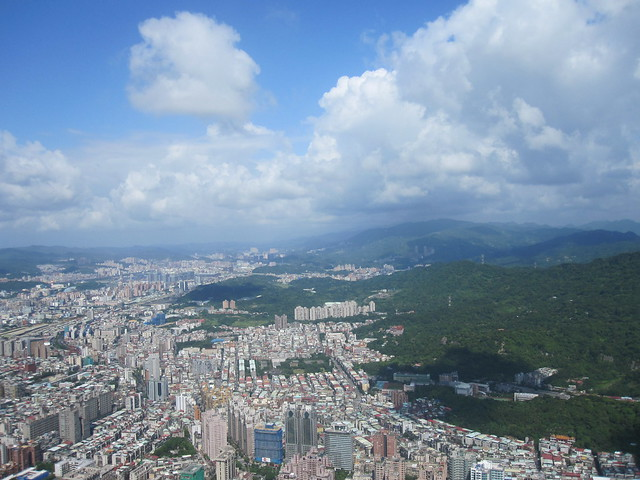 Taipei 10 - View from Taipei 101 by Ben Beiske