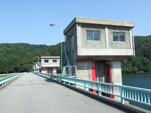 荒川河口堰水門~村上市