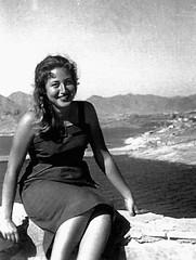 Mi madre por TeresalaLoba (TeresalaLoba) Tags: scan cartagena 1950 mymother mimadre teresalaloba