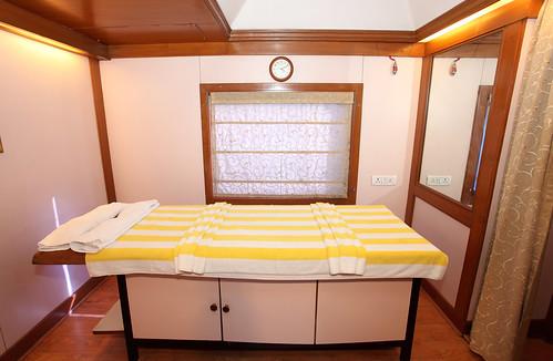 The Indian Maharaja, Deccan Odyssey - Massage room