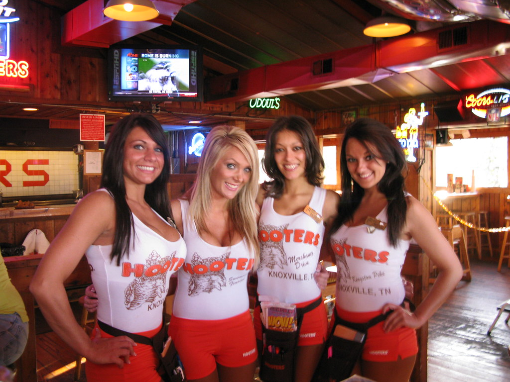 knoxville girls Hot