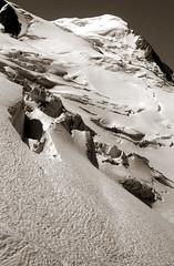 Les Grands Mulets (Yvan LEMEUR) Tags: mountain france montagne alpes glacier neige chamonix montblanc glace alpinisme sépia hautesavoie lesbossons aiguilledugoûter lesgrandsmulets
