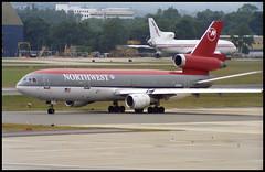 N211NW - London Gatwick (LGW) 06.07.1995 (Jakob_DK) Tags: 1995 lgw egkk london gatwick londongatwick nwa northwest northwestairlines mcdonnell douglas mcdonnelldouglas dc10 dc1030