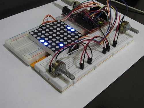 Pong with 8x8 Led Matrix on (Set)