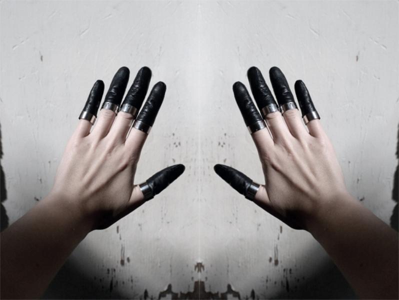 Katja Korsawe inspired finger rings by Foxyman
