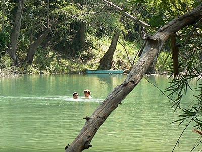 baignade dans le Rio.jpg