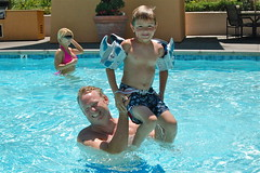DSC_0004 (Thomas Wasper) Tags: swimmingpool timmy timtom jendavis ashleyhectus