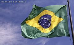 Brasil 2014 (marcelo nacinovic) Tags: reveillon brazil praia beach rio bandeira bra