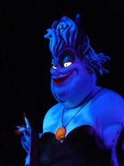 Sea Witch Under Blue Lighting (JoWiJo) Tags: show waltdisneyworld ursula attraction seawitch disneyshollywoodstudios voyageofthelittlemermaid pixarplace