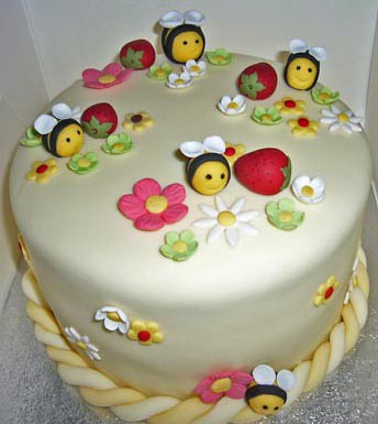 bumble bees cake