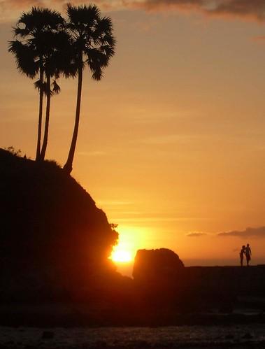 Sunsit di Pantai Lasiana, Kupang, NTT