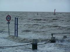 Land unter (M.J.AL) Tags: ostfriesland mole norddeich wellen sturm niedersachsen flut gezeiten nordseekste norddeichmole herbststurm