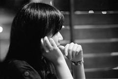 Taoyuan_20090713_05 (Lordcolus) Tags: leica people bw film monochrome friend taiwan hc110 negative fujifilm 台灣 neopan400 桃園 taoyuan chungli leicam6 中壢 dilutionh 中原夜市 minoltadimagescanelite5400 胃散 金十字 carlzeisscsonnar1550zm