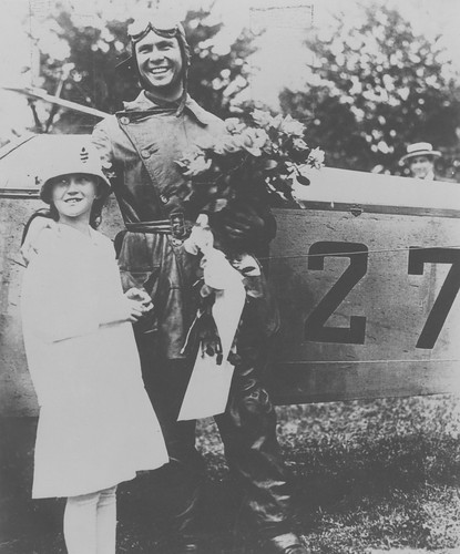 Photograph of airmail pilot Lt. James Edgerton and sister, by unknown photographer, 1918, Smithsonian National Postal Museum.