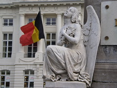 Angel & National Flag of Belgium, Martyrs' Square - Place des Martyrs - Martelaarsplaats, Brussels, Belgium