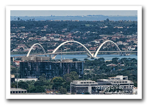 Ponte JK (JK bridge), Brasilia