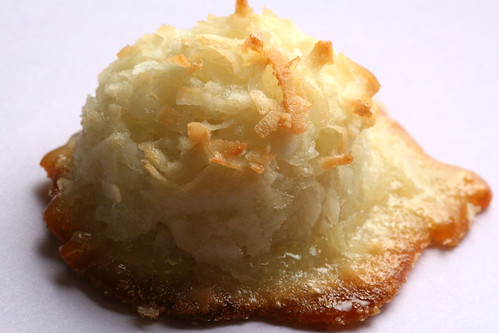 12 days of cookies: coconut macaroons