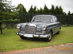 Mercedes Benz 1966 200 W110   p2 (Basic Transporter) Tags: show classic car southafrica 200 mercedesbenz w110 fintail