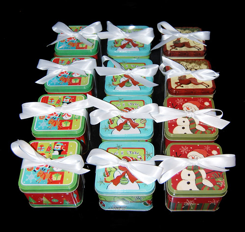 Holiday Gift Tins filled with Chocolate Dipped Graham Crackers