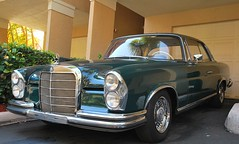 W111 heckflosse (benzbar) Tags: mercedes coupe w111 heckflosse fintail 250se