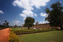 Airavateswara temple, Darasuram (VinothChandar) Tags: india heritage history architecture canon temple photography photo worship unesco 5d thanjavur tamilnadu tanjore cholas kumbakonam darasuram tanjavur airavateswara