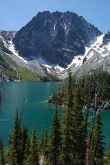 Dragontail Peak (GeoTom) Tags: lake colchuck