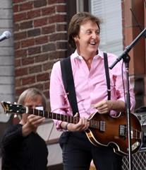 Paul McCartney (TMNYNY) Tags: nyc newyorkcity roof music newyork david paul concert broadway lateshow beatles letterman mccartney thebeatles paulmccartney davidletterman lateshowwithdavidletterman edsullivantheater
