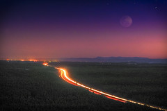 Luna lights on road to brissy (dazza17 - DJ) Tags: sunset wild horse moon cars night stars cool traffic moonrise qld carlights hdr sunshinecoast scapes supershot daryljames sunsetwhitehorseglasshouselandscapeshrd daryljamesphographygmailcom dazza17 daryljamesphotograph