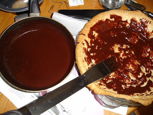 Brush crust with chocolate