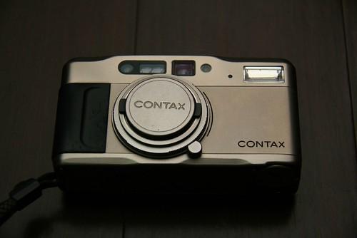 你拍攝的 Contax TVS。