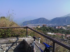 Il Vesuvio da colle di Fontanelle (atlaspl) Tags: travel bike bicycle cyclist cycle bici viaggi bicicletta