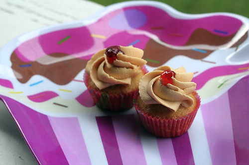 PB&J mini cupcakes