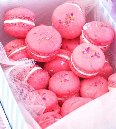 plaisirs sucres, lychee, rose, litchi, raspberry, Ispahan, macaron