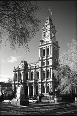 Bendigo Post Office (Adam Dimech) Tags: blackandwhite bw building heritage clock film architecture office post postoffice victorian australia victoria scan clocktower 200 classical baroque ilford pallmall redfilter sfx bendigo australiapost sfx200 williamsonstreet ilfordsxf200
