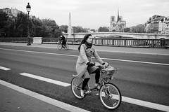 Paris Cycle Chic -  Bridge