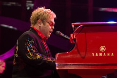 "Elton John @ Hallenstadion - Zurich • <a style=""font-size:0.8em;"" href=""http://www.flickr.com/photos/32335787@N08/4017303223/"" target=""_blank"">View on Flickr</a>"