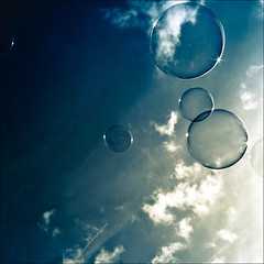 bleu (friedling.) Tags: blue summer sky clouds cloudy sommer himmel wolken bubbles bleu blau soapbubbles seifenblasen