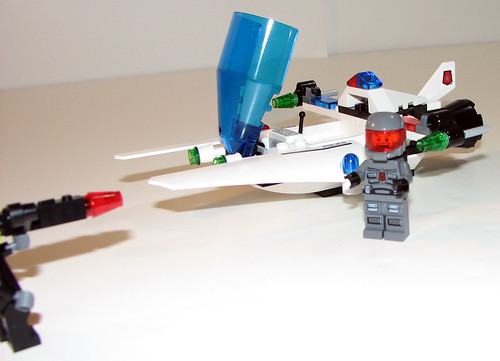 LEGO Space Police 5981 - Raid VPR - Completed - 2
