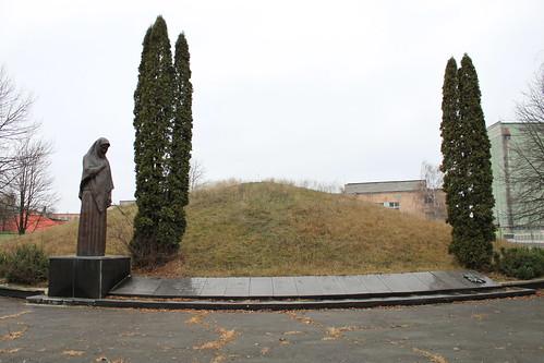 WWII Grave of Soviet Liberators