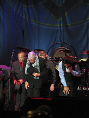 Final Bow, Leonard Cohen Concert (second half), Weybridge 11 July 2009