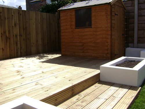 Macclesfield Decking and Paving  Image 14