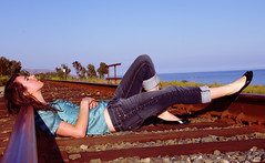 I have all the time in the world (aydozz) Tags: railway gaviota sigma1770